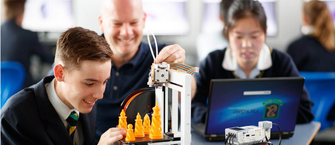 lab students on the left, musical students playing violin on the right